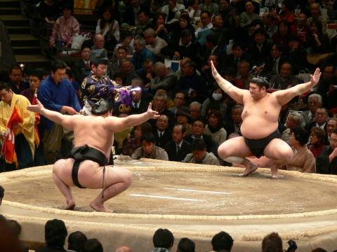 sumo07_01_26
